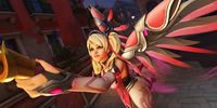 Overwatch Fan Makes Pink Mercy...